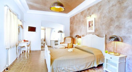 1-Petit Palace Suites-Where-to-stay-in-Santorini-Greece-Hotels-Apartments-Deals-Discounts-Fashion-Travel-Accessories