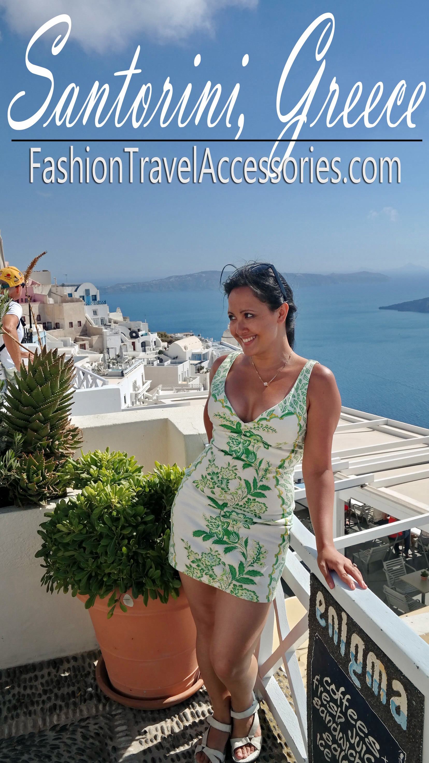 What-to-wear-in-Greece-Athens-Mykonos-Santorini-in-summer-2
