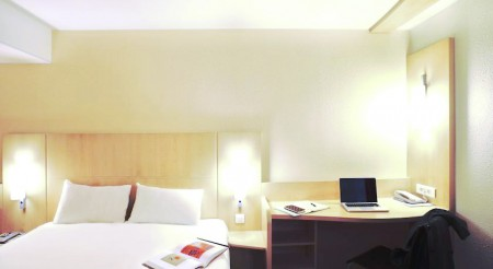 Ibis Milano Centro Hotel Fashion Travel Accessories 1