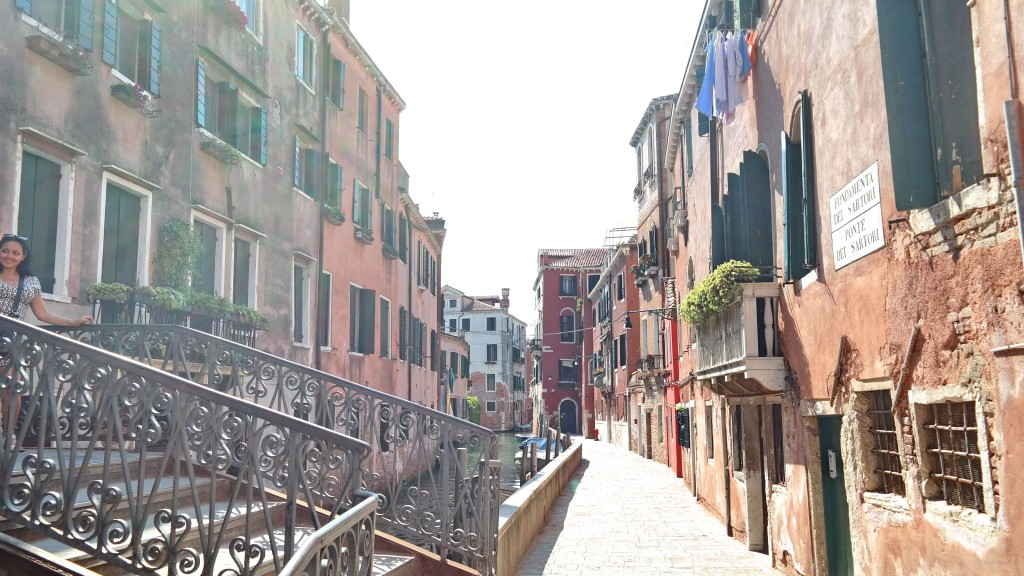 2 Travel Story Walking Tour Venice Italy Secret Street